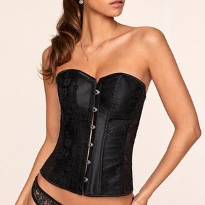 NEVER WORN Adore Me Boned Corset Lace Up Back